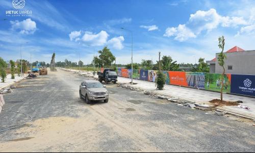 BÁO TIỀN PHONG: Doanh nghiệp địa ốc bỏ 'phố' về 'quê'